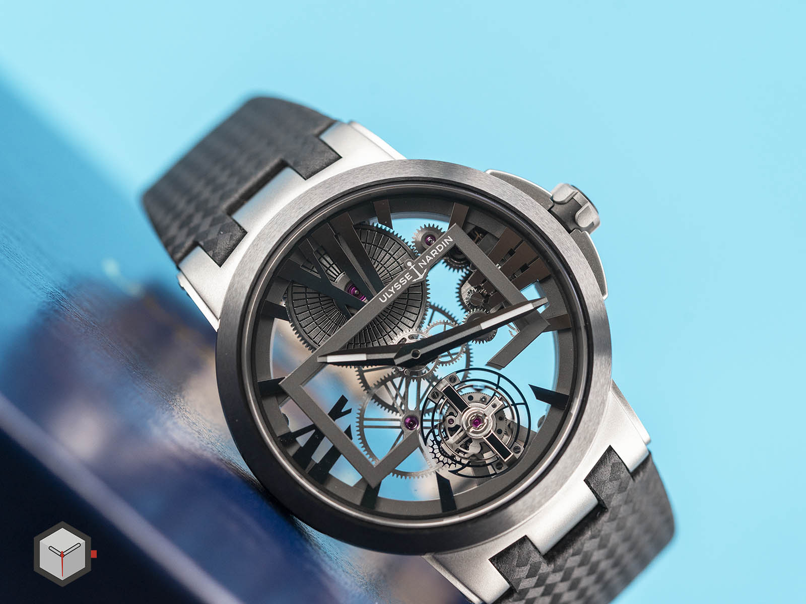 1713-139-ulysse-nardin-executive-skeleton-tourbillon-5.jpg