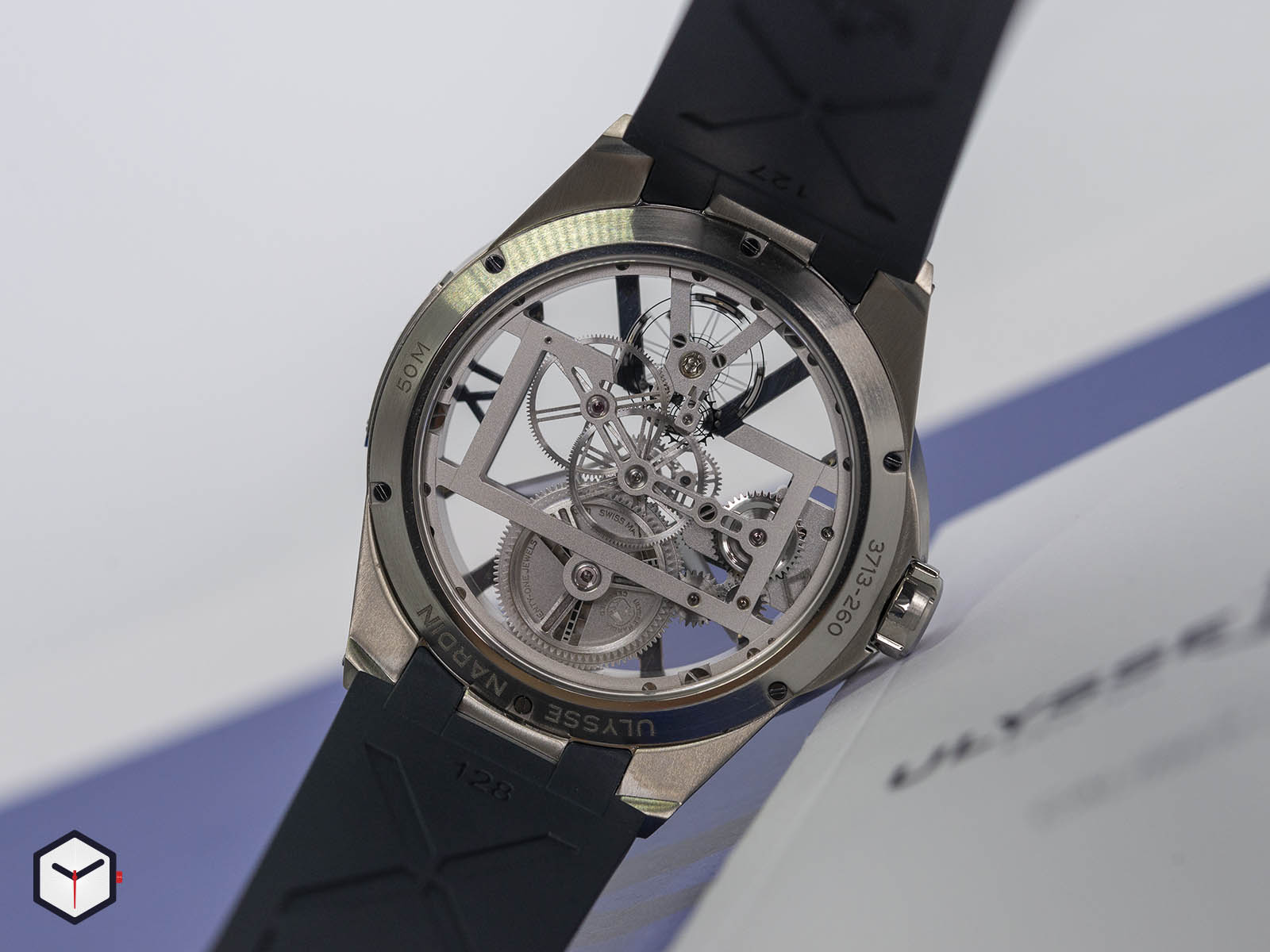 93713-260-3-03-ulysse-nardin-executive-skeleton-x-5.jpg