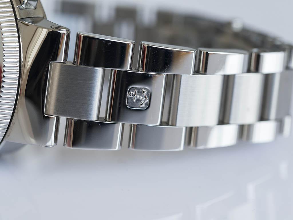 Ulysse-Nardin-Marine-Chronograph-Manufacture-6.jpg