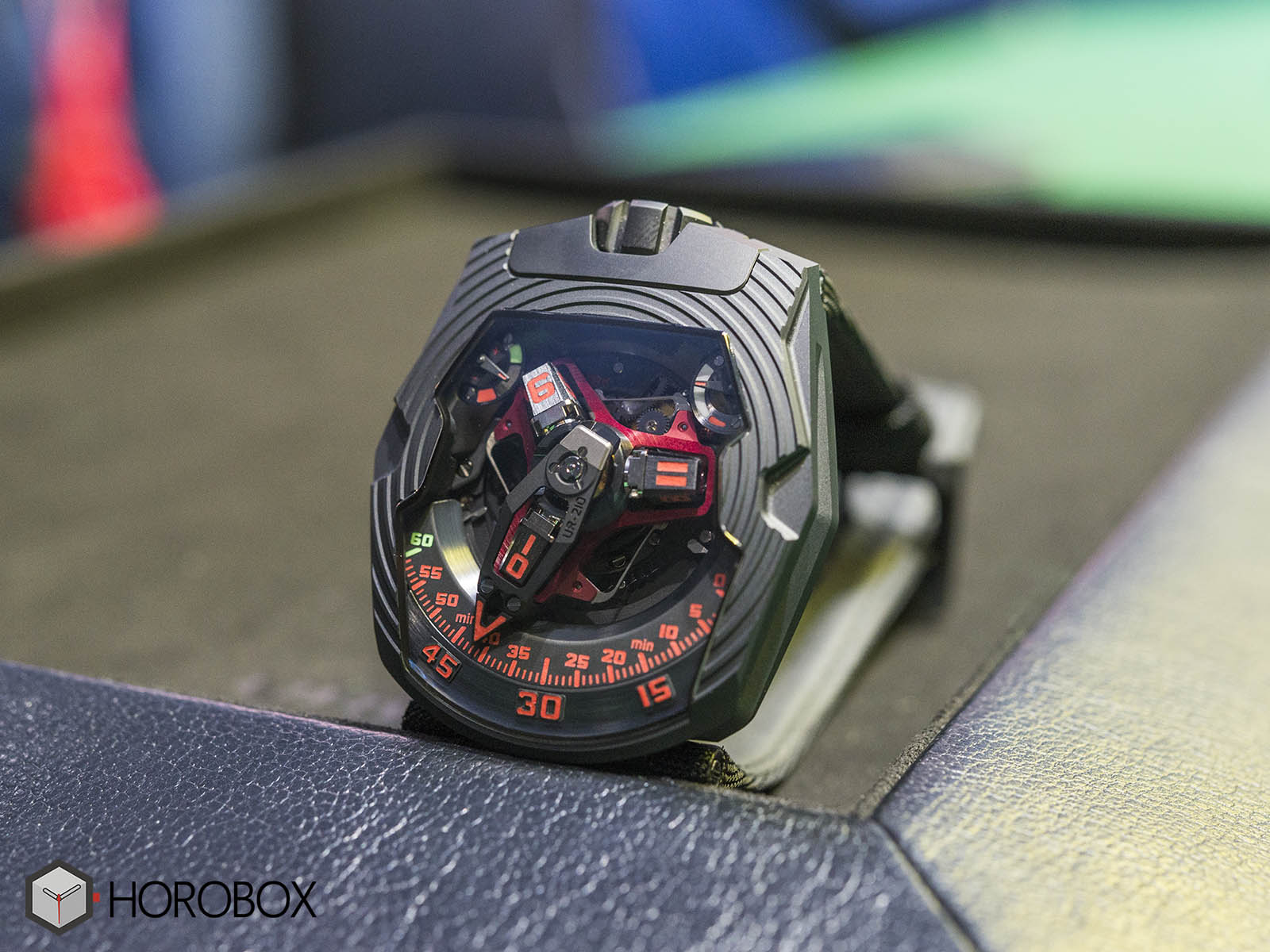 urwerk-ur-210-royal-hawk-1.jpg