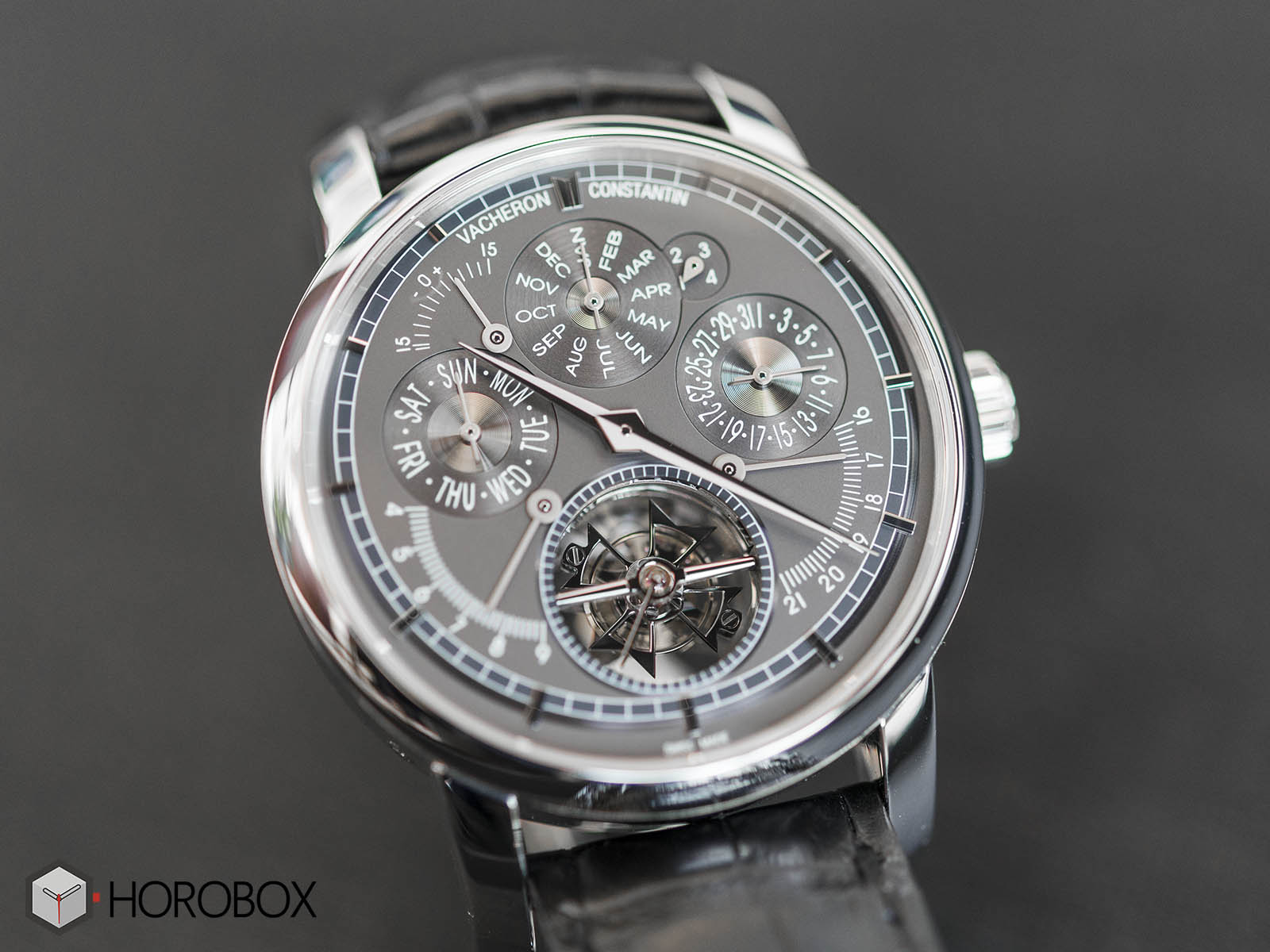 Vacheron-Constantin-Traditionnelle-Calibre-2253-2.jpg