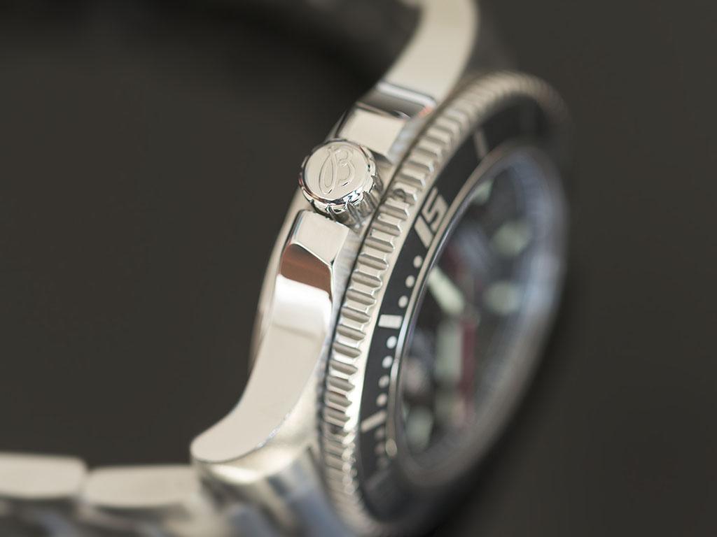 Breitling-superocean-44-4.jpg