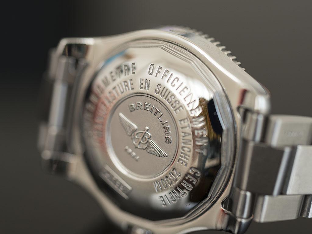 Breitling-superocean-44-3.jpg
