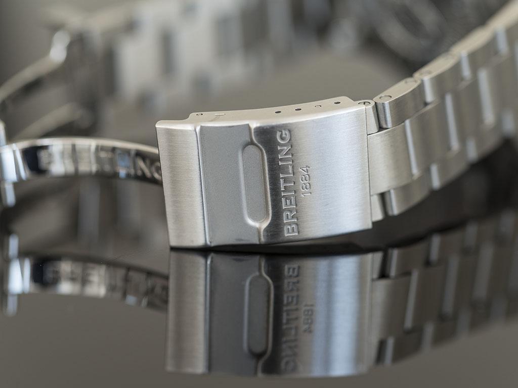 Breitling-superocean-44-6.jpg