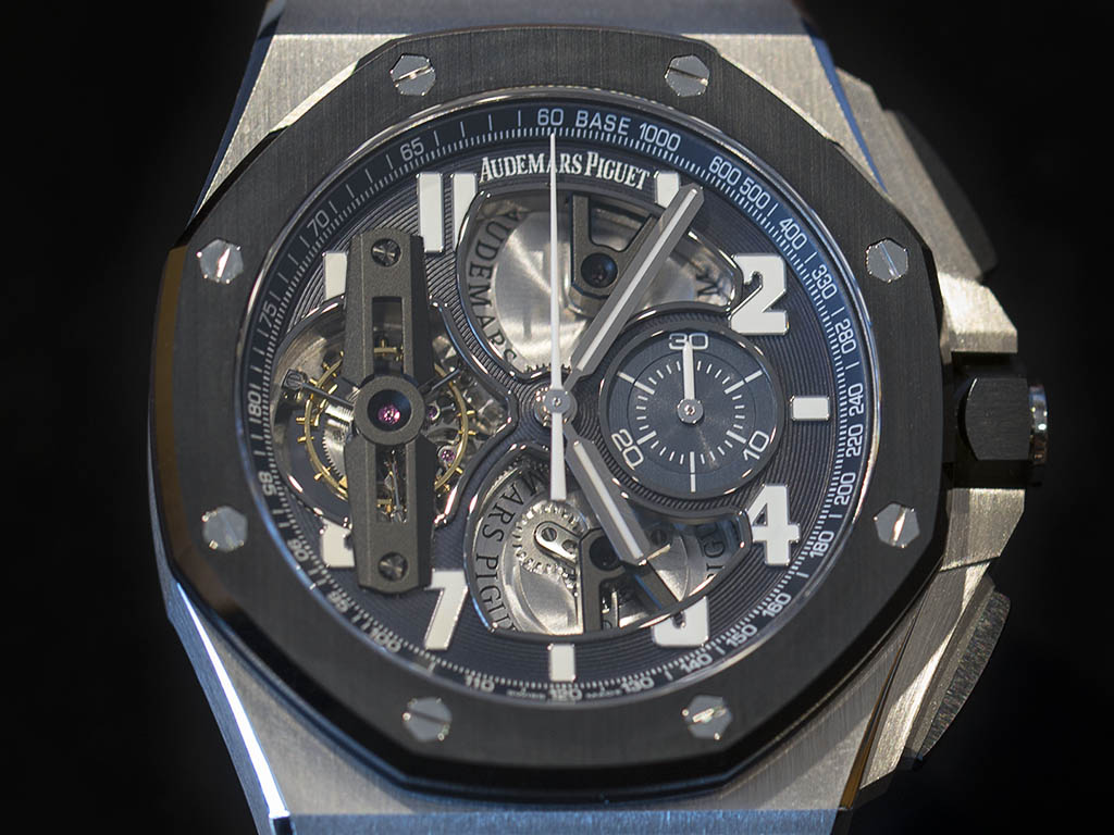 ROYAL_OAK_OFFSHORE_TOURB-LLON_CHRONOGRAPH_26388PO-OO-D027CA-01_4.jpg