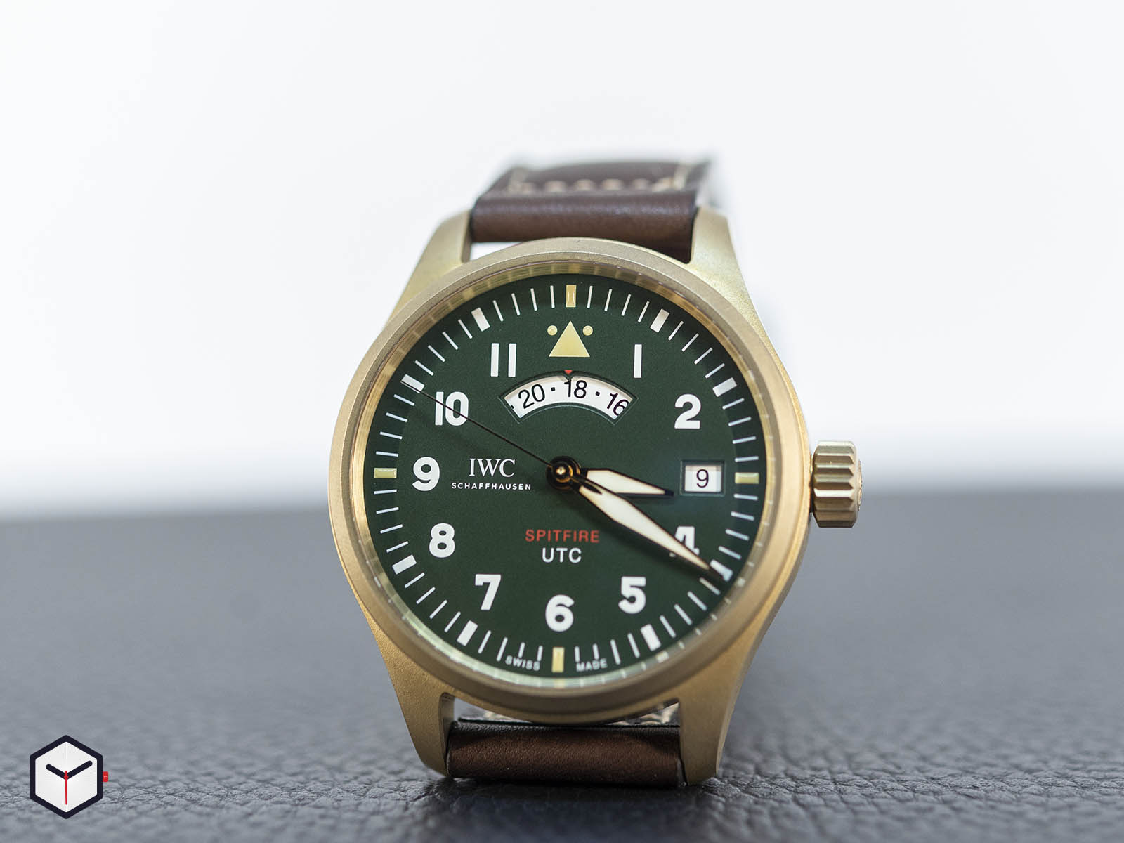 iw327101-iwc-pilot-s-watch-utc-spitfire-edition-mj271-3.jpg