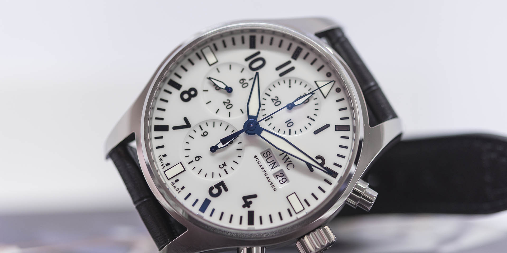 iw377725-iwc-pilots-watch-chronograph-150-3.jpg