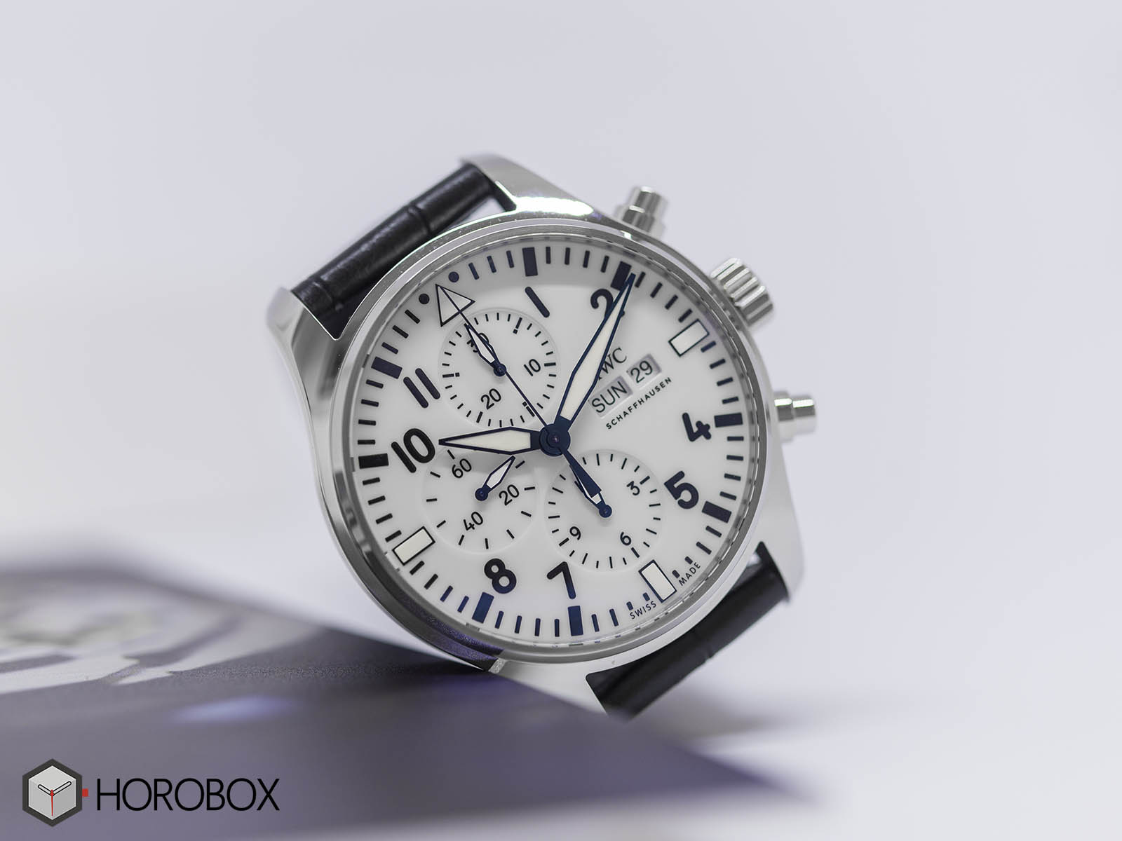 iw377725-iwc-pilots-watch-chronograph-150-4.jpg