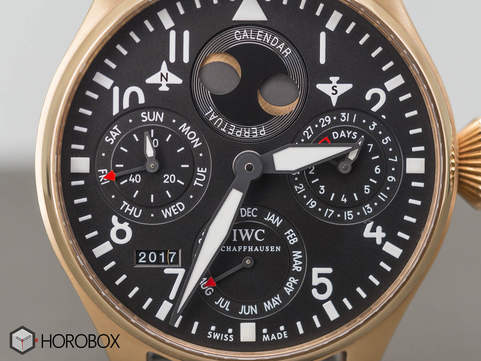 iwc-big-pilot-perpetual-calendar-18k-red-gold-limited-edition-iw502628-2.jpg