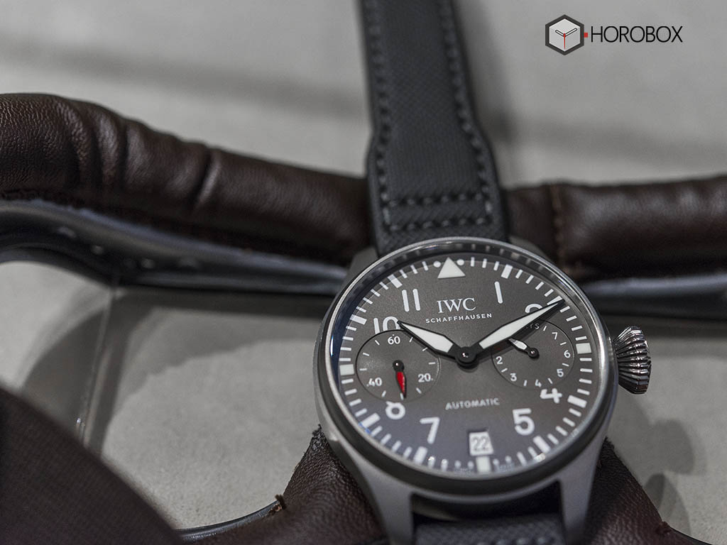 iwc-big-pilot-s-watch-edition-patrouille-suisse-iw500910-1-.jpg