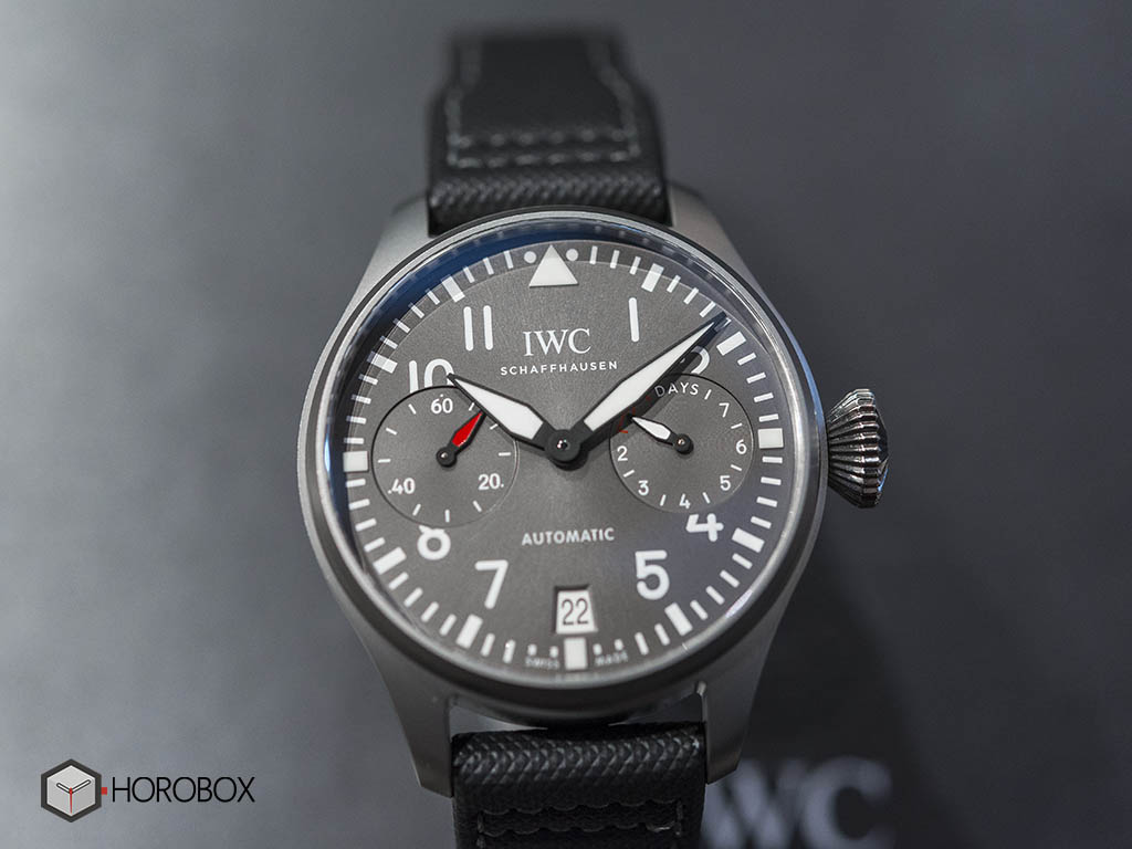 iwc-big-pilot-s-watch-edition-patrouille-suisse-iw500910-3-.jpg