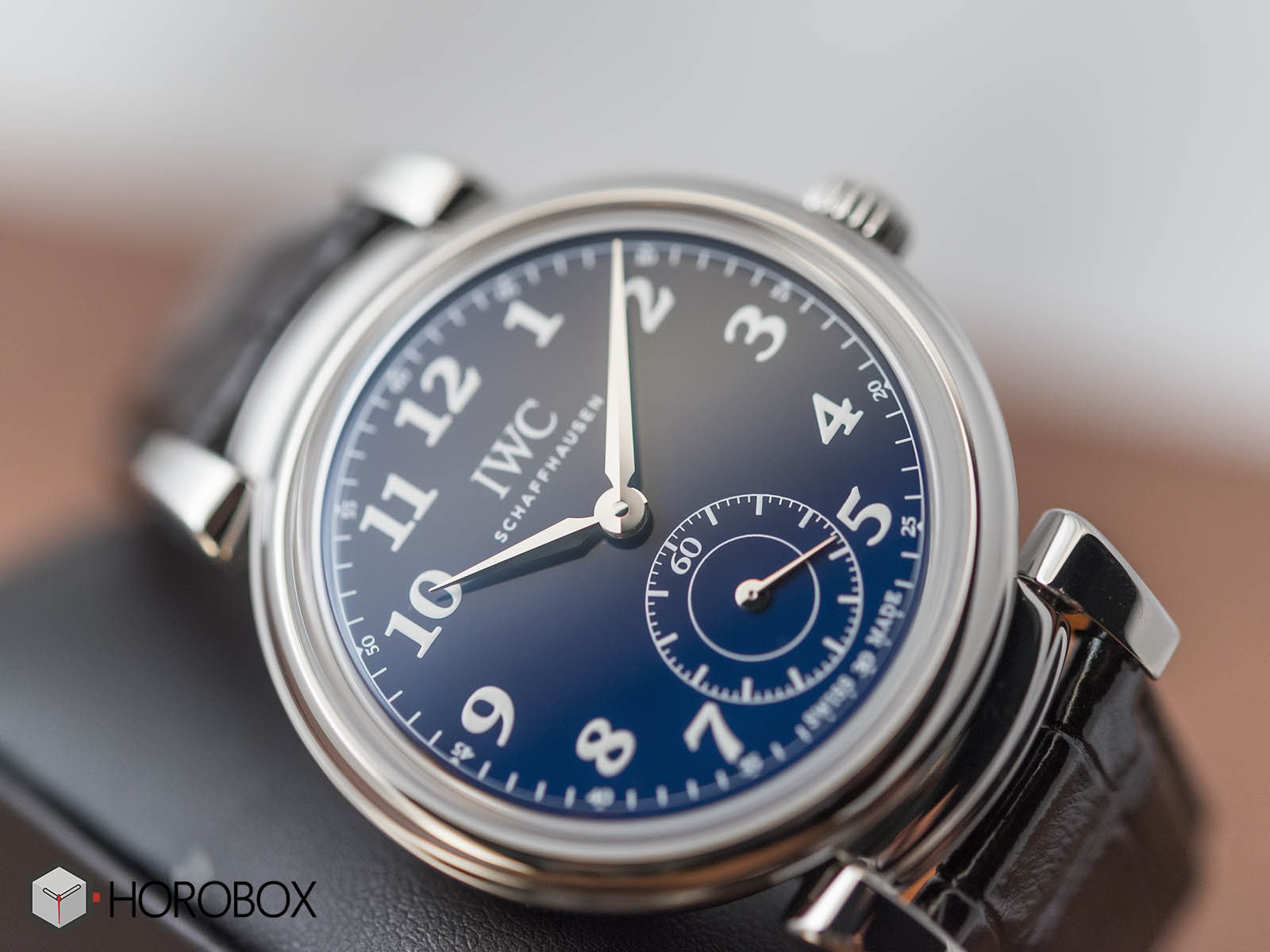 iw358102-iwc-da-vinci-automatic-edition-150-years-3.jpg