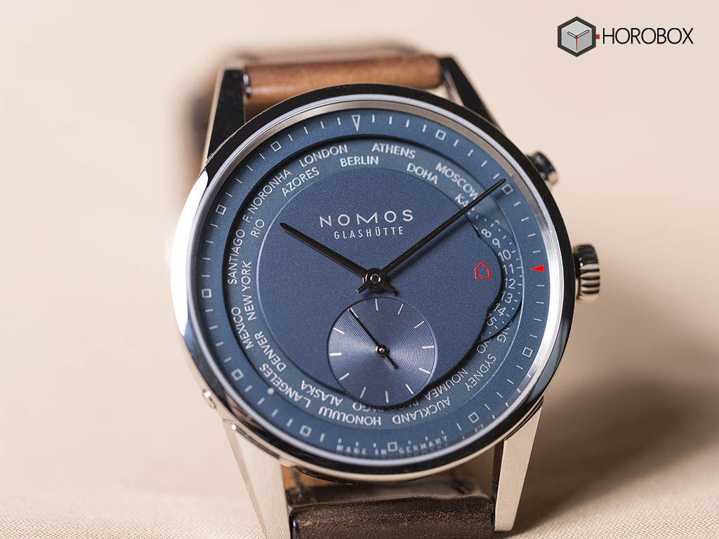 nomos-world-timer-function-807-5-.jpg