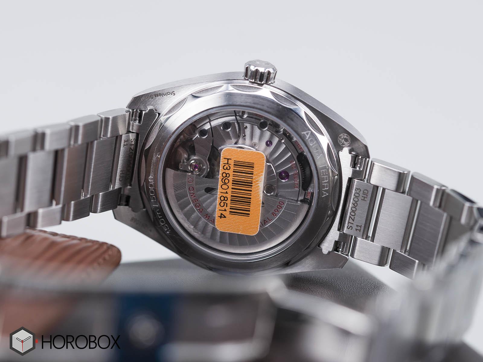 omega-seamaster-aqua-terra-150m-220-10-41-21-01-001-7-.jpg