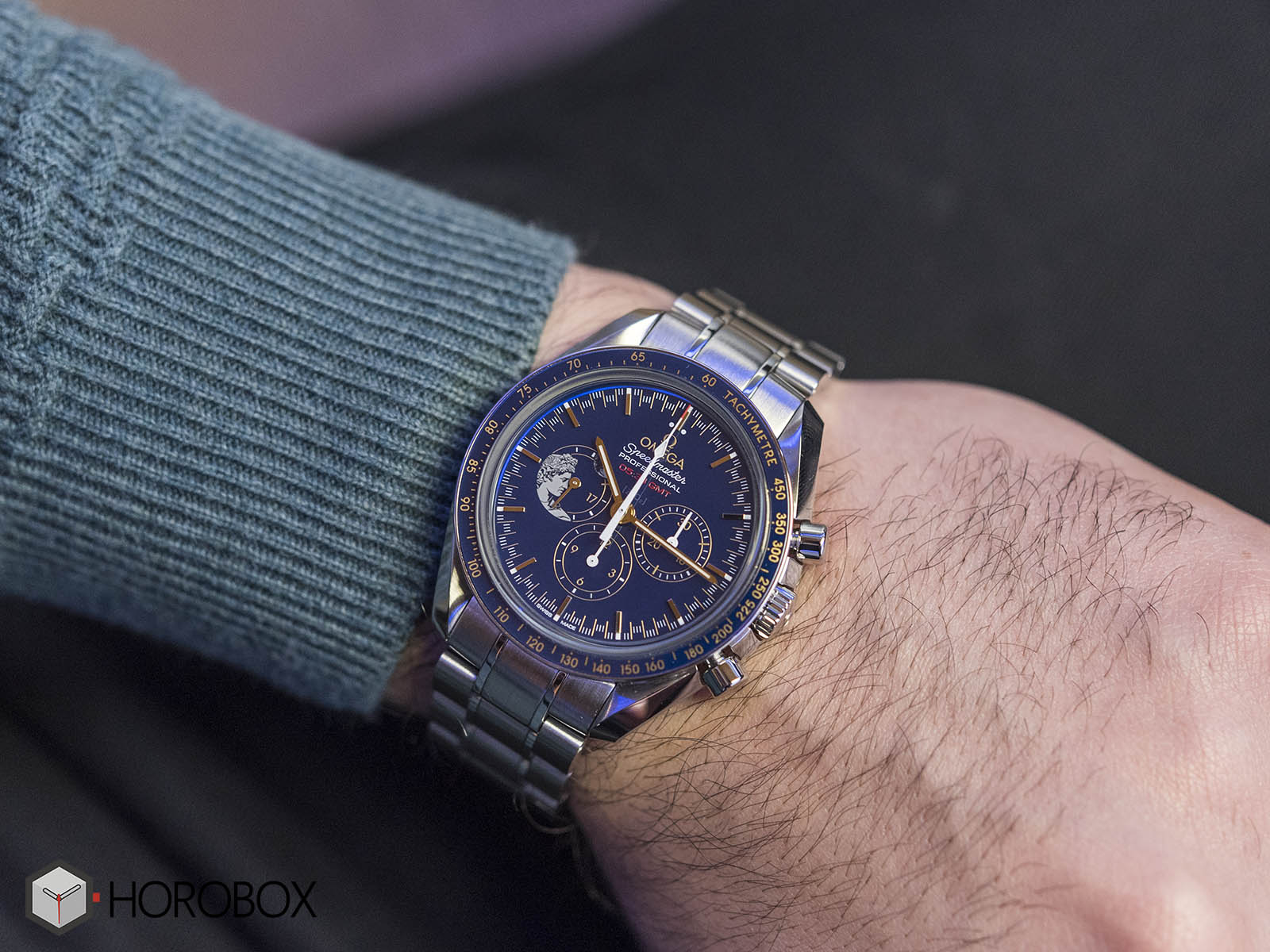 omega-speedmaster-apollo-moonwatch-anniversary-311-30-42-30-03-001-11-.jpg