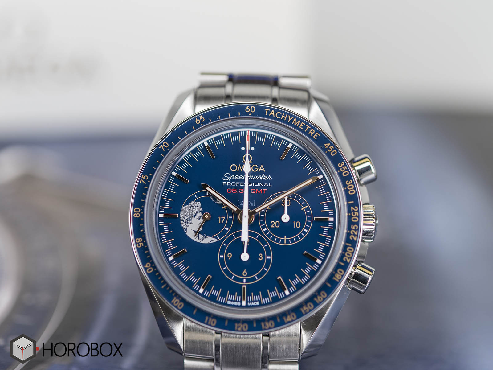 omega-speedmaster-apollo-moonwatch-anniversary-311-30-42-30-03-001-5-.jpg