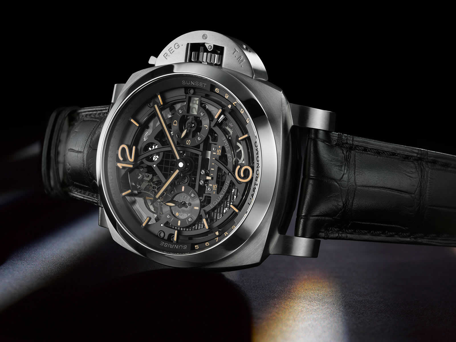 Panerai-L-Astronomo-Luminor-1950-Tourbillon-Moon-Phases-Equation-of-Time-Gmt-Pam00920-3.jpg