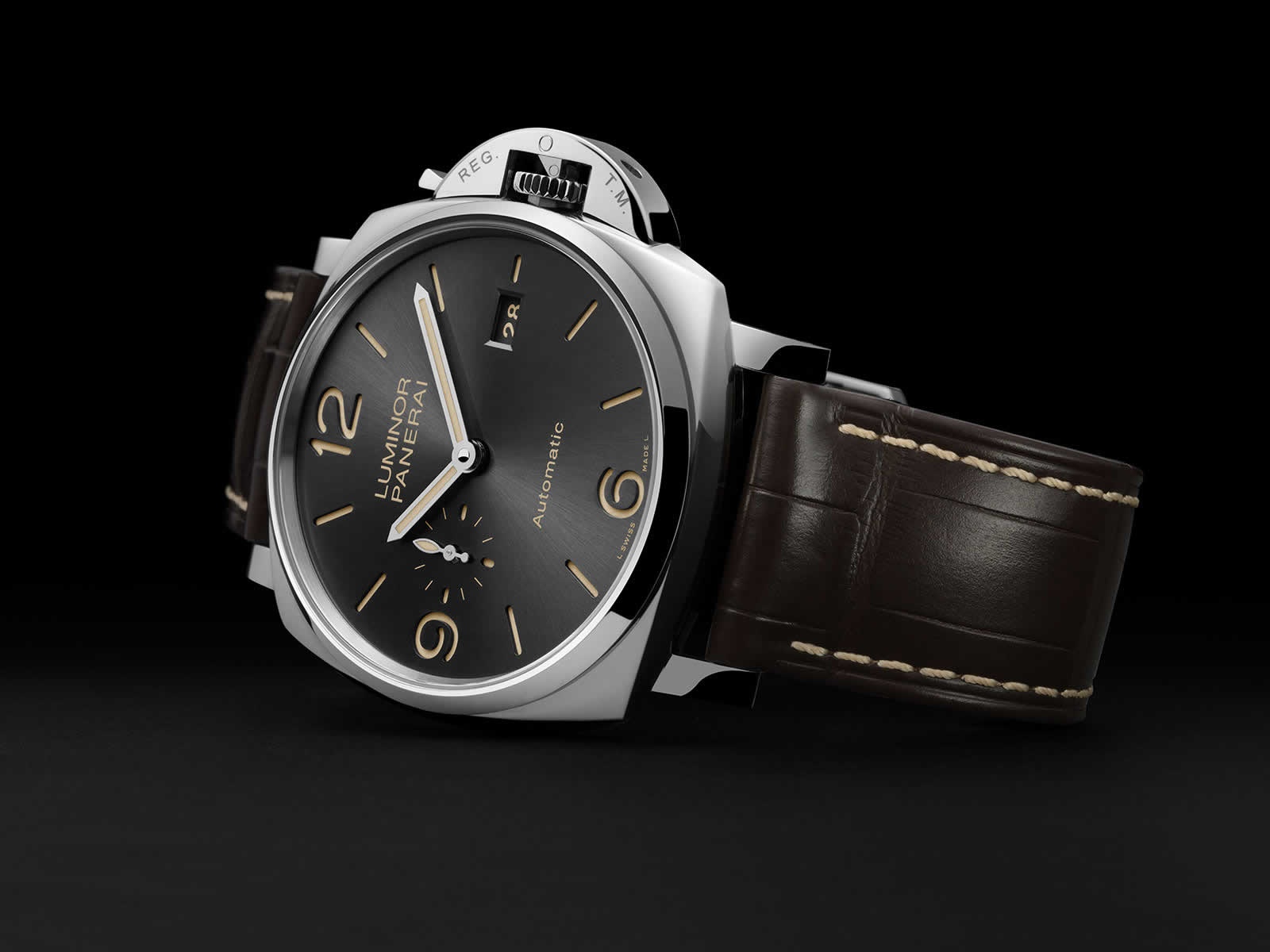 Panerai-Luminor-Due-3-Days-Automatic-Pam00943-Sihh-2018-5.jpg