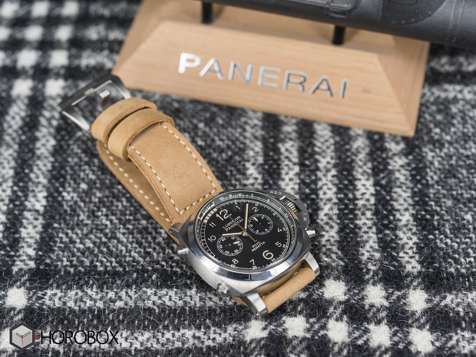 panerai-luminor-1950-pcyc-regatta-pam00652-10.jpg