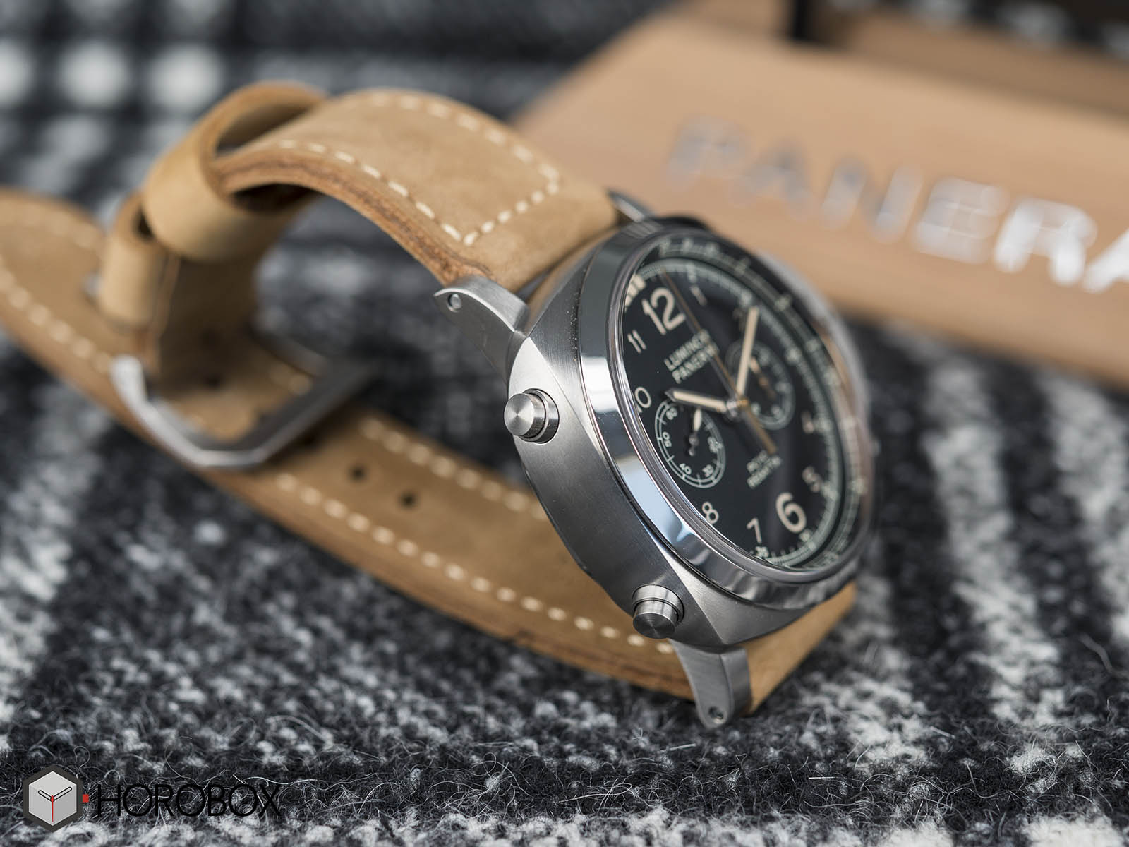 panerai-luminor-1950-pcyc-regatta-pam00652-3.jpg
