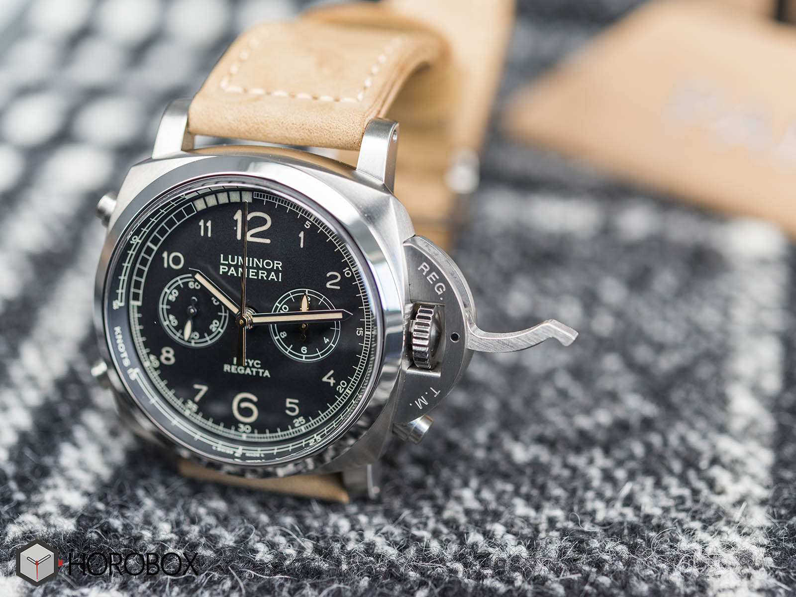 panerai-luminor-1950-pcyc-regatta-pam00652-5.jpg