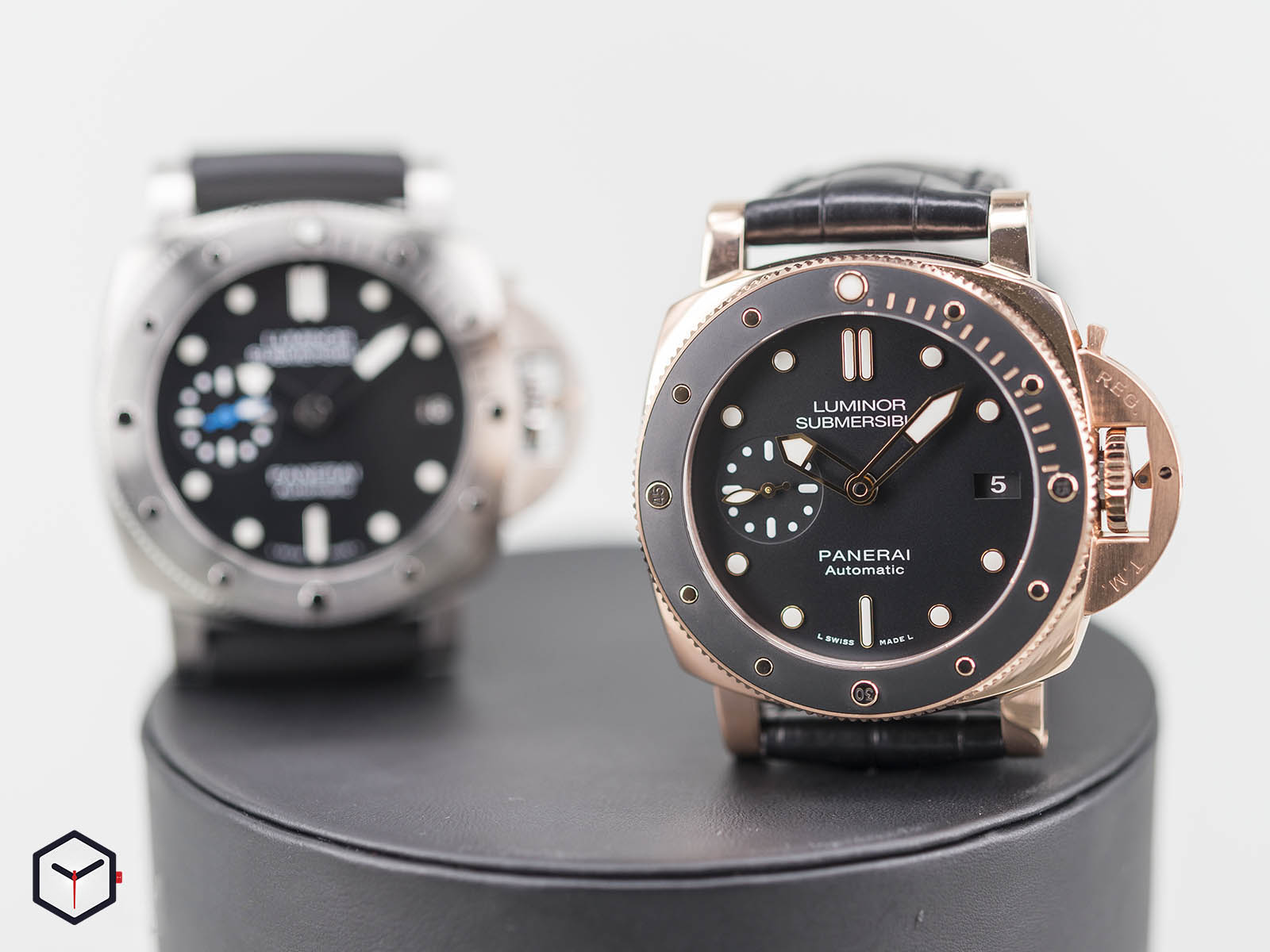 pam00682-pam00684-panerai-luminor-1950-submersible-3.jpg
