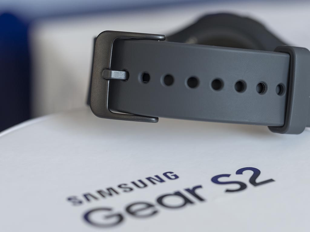 Samsung_Gear_S2-4-.jpg