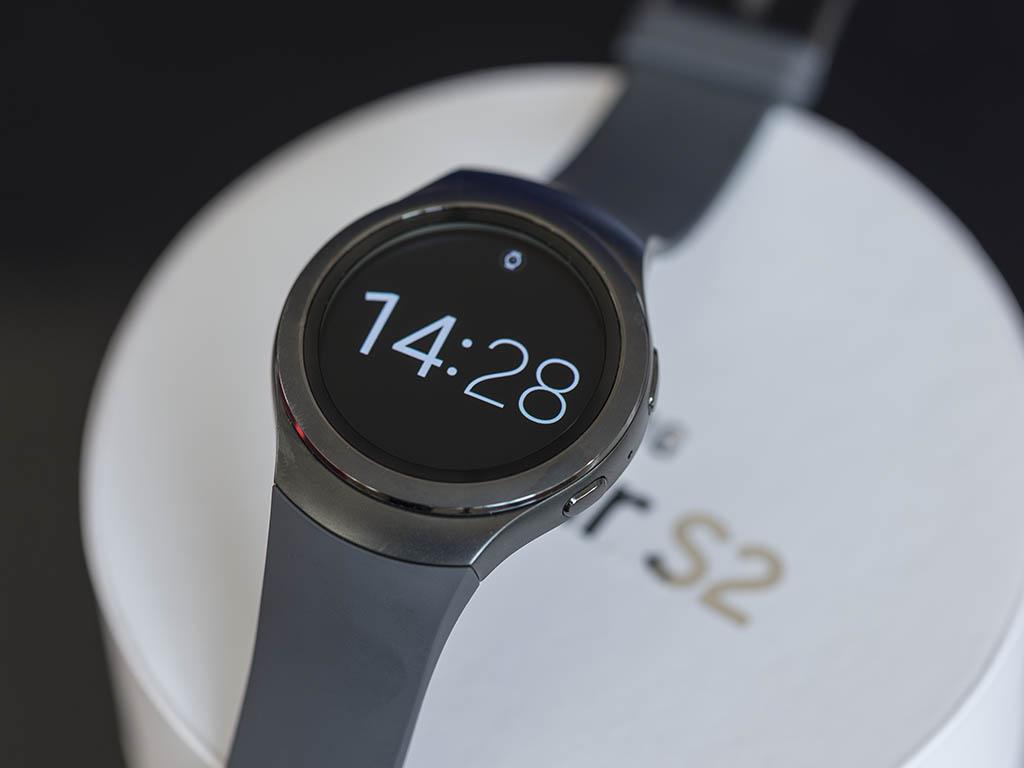 Samsung_Gear_S2.jpg