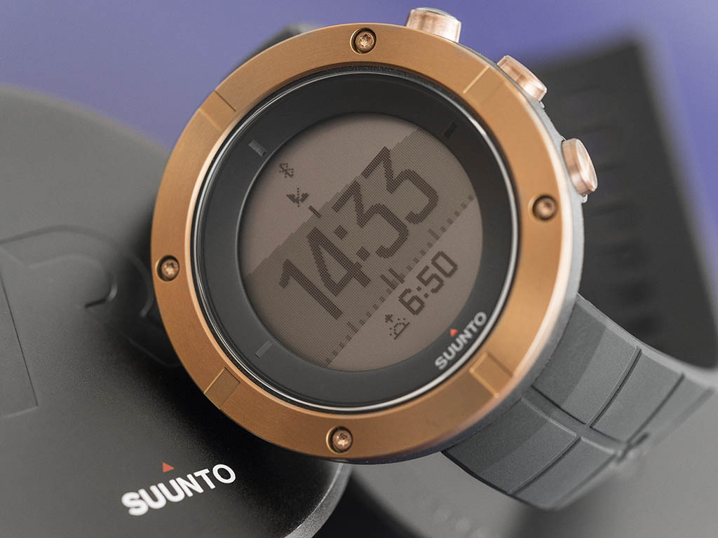 Suunto Kailash Carbon Travel Watch With Gps Spec Dan Daftar Harga Cooper Glonass Silver Adventure And Timeline Ss021240000 Source 13