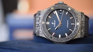 Hublot Classic Fusion Fuente Edition Titanium Video Review Ref. 511.NX.6670.LR.OPX17